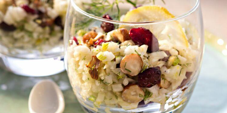 Salade de fenouil aux raisins secs et noisettes