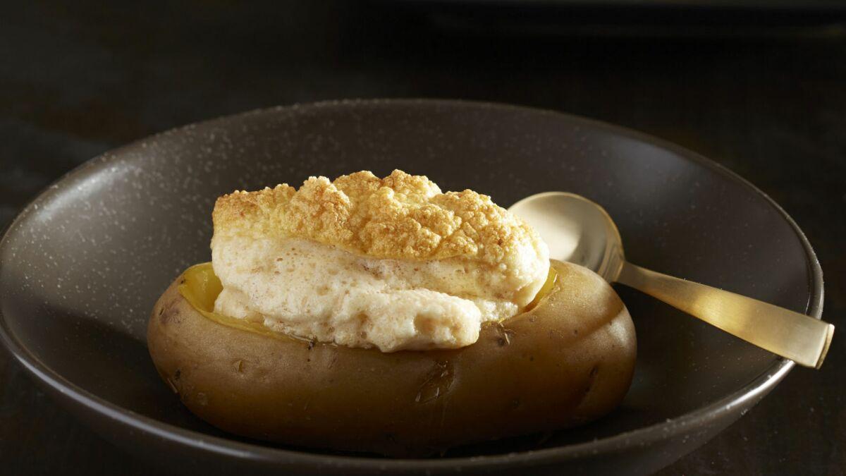 Foie gras soufflé sur Pompadour rôtie