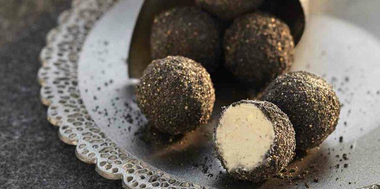 Bouchées apéritives : les Blacks balls d'Hélène Darroze