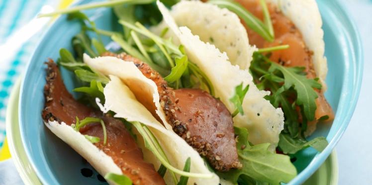 Mini-tacos de parmesan au saumon gravlax