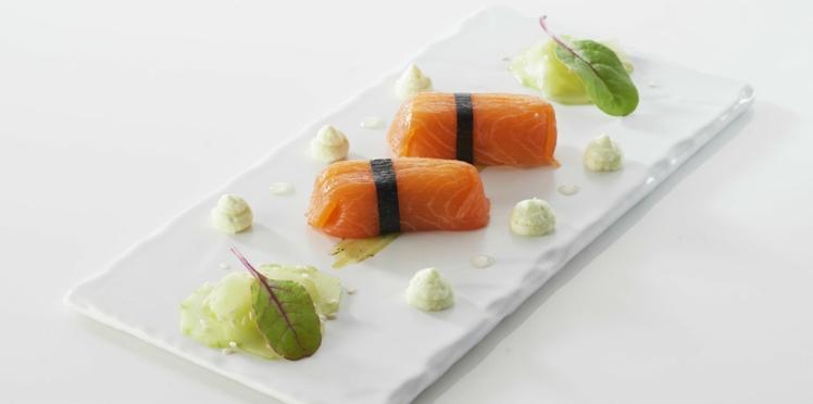 Quenelles au brochet Saint Jean façon sushi,  crème légère au wasabi et concombre acidulé