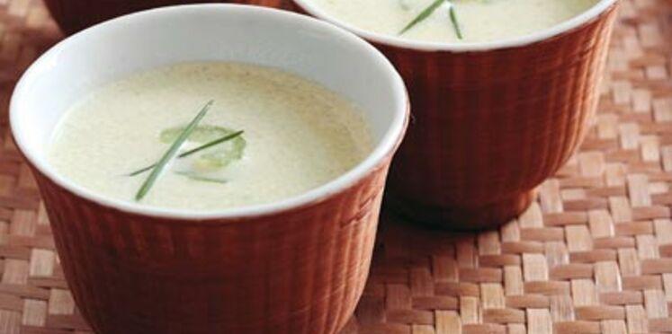 Soupe légère de céleri-branche