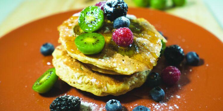 Pancakes aux mini-kiwis Nergi et aux flocons d'avoine