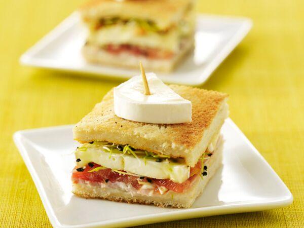 croque au fromage raclette d couvrez les recettes de cuisine de femme actuelle le mag. Black Bedroom Furniture Sets. Home Design Ideas