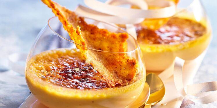 Crèmes brûlées au foie gras et tuiles aux noix