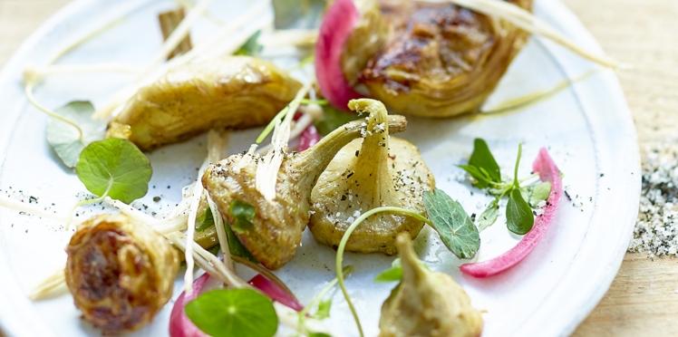 Artichauts grillés à la croque au sel de Guérande