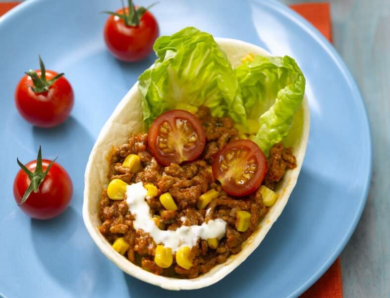 Tacos au bœuf haché, tomates cerise, maïs poêlé