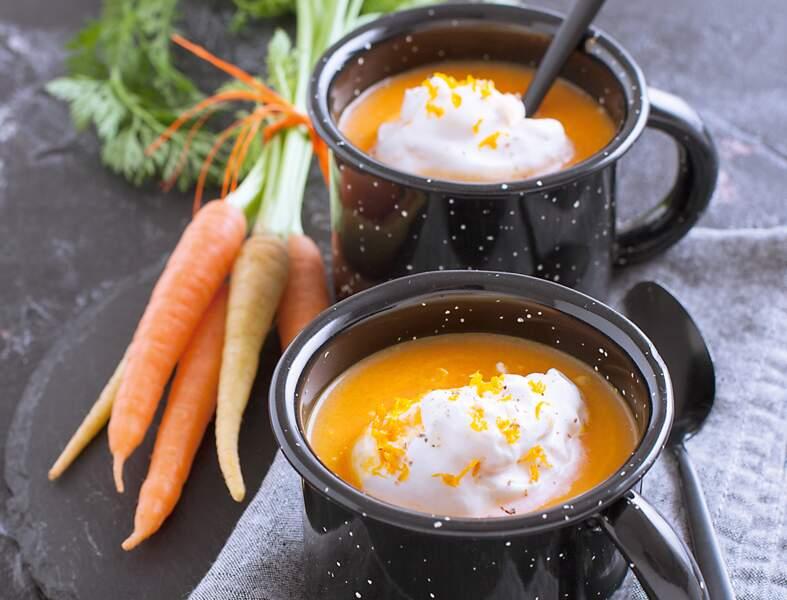 Cappuccino de carottes au yuzu, chantilly à l'orange