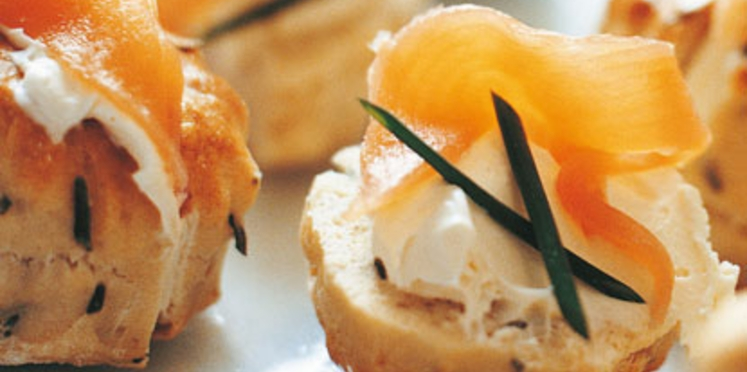 Scones à la crème et au saumon fumé