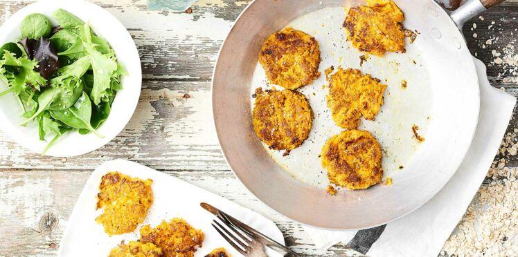 Röstis aux carottes, flocons d'avoine et au chèvre