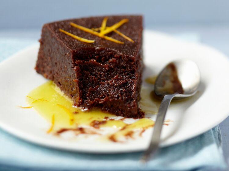 Gâteau au chocolat et à l'orange express : découvrez les recettes de cuisine de Femme Actuelle Le MAG