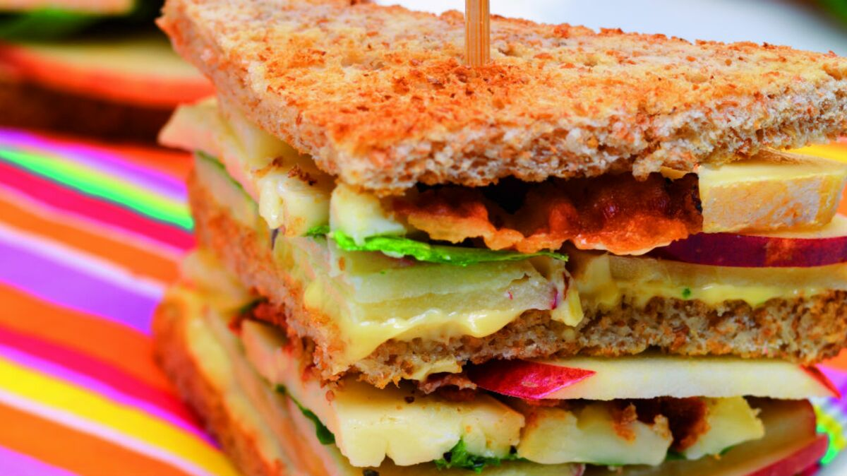 Club sandwich reblochon, pomme, bacon