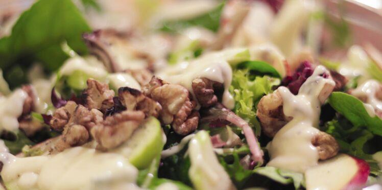 Raie aux noix en salade