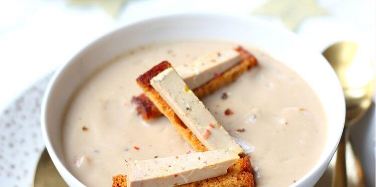 Velouté de châtaignes au foie gras et pain d'épices