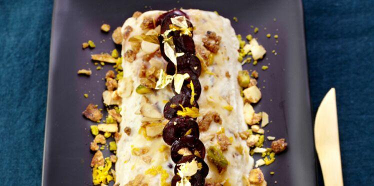Bûche de nougat glacé et amarena