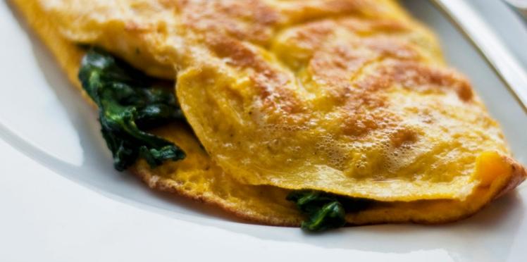 Omelette fourrée aux épinards