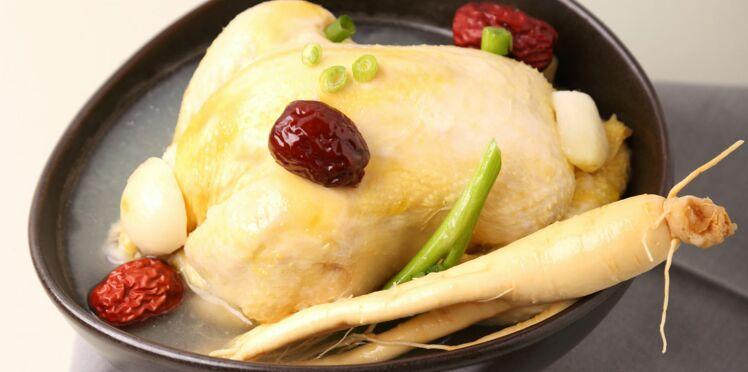 Samgyetang  (soupe de poulet au ginseng)