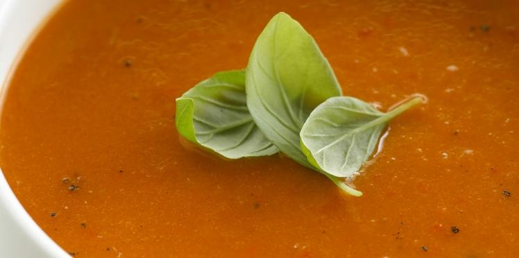 Soupe aux poivrons rouges