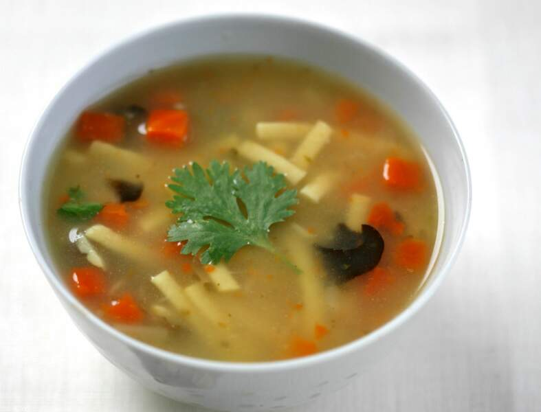 Soupe thaï et tartare de gambas