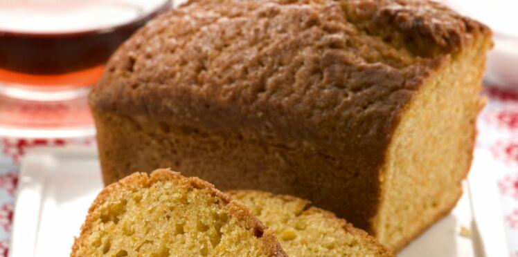 Gâteau au yaourt à la poudre d'amande
