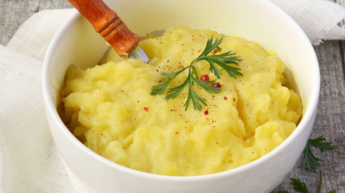 Ecrasé de pommes de terre, muscade et poivre