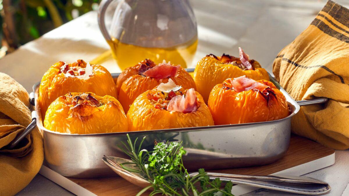 Poivrons farcis aux petits légumes d'été et pancetta