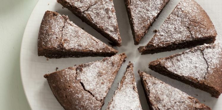 Gâteau moelleux au chocolat et aux amandes