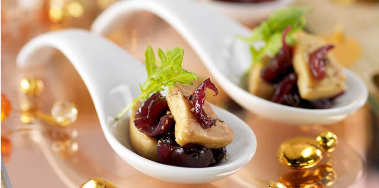 Bouchées de foie gras en compotée d'oignons