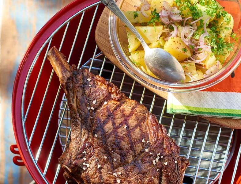 Côte de boeuf marinée au vin rouge et salade de pommes de terre