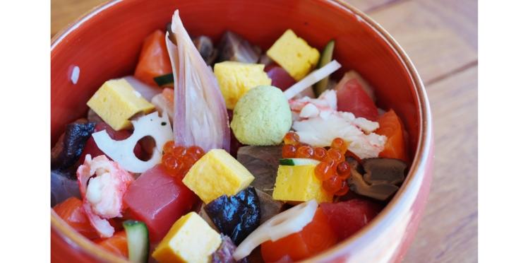 Hawaïan poke bowl au saumon