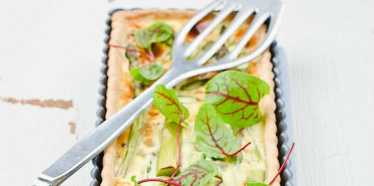 Tarte aux asperges vertes et fromage de chèvre
