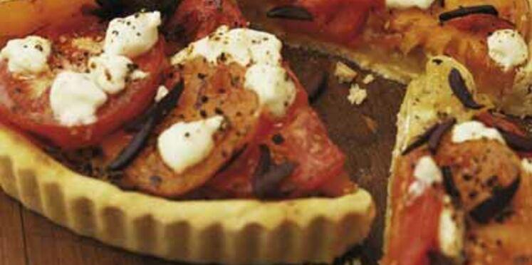 Pissaladière aux tomates et aux olives noires