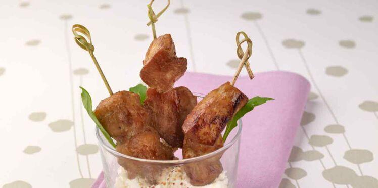 Les mini brochettes de poulet