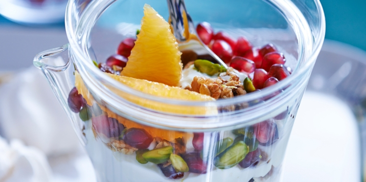 Coupe granola aux fruits secs