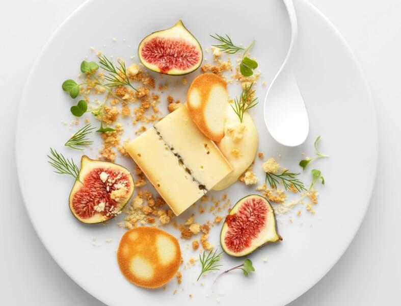 Morbier à la crème pâtissière, figue et tuiles aux amandes