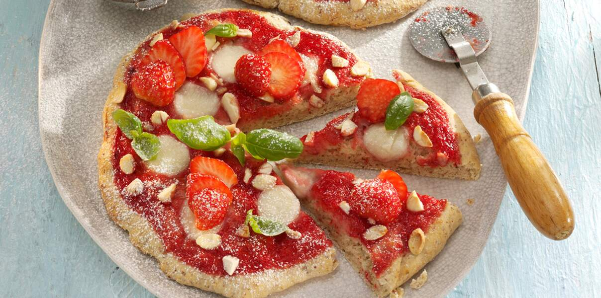 Pizza aux fraises et chocolat blanc