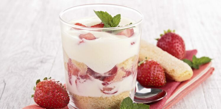 Tiramisu aux fruits rouges en verrine