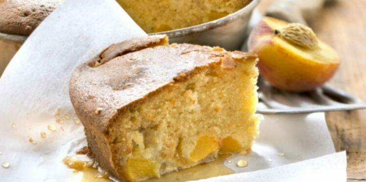 Gâteau aux pêches fraîches