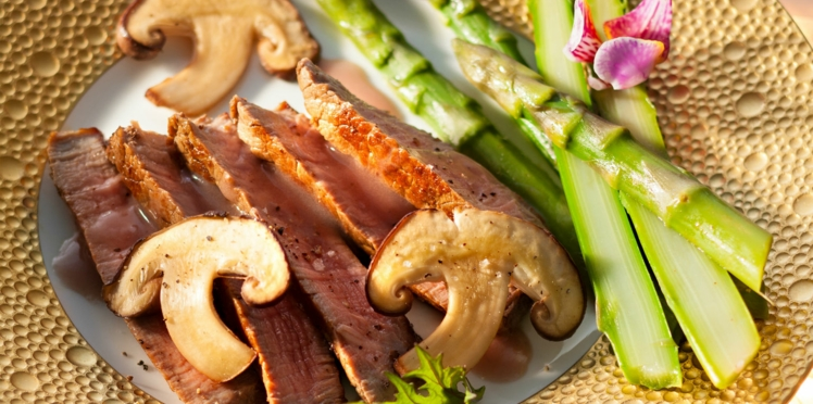 Le filet de bœuf, sauce aux shitakés de Nathalie Nguyen