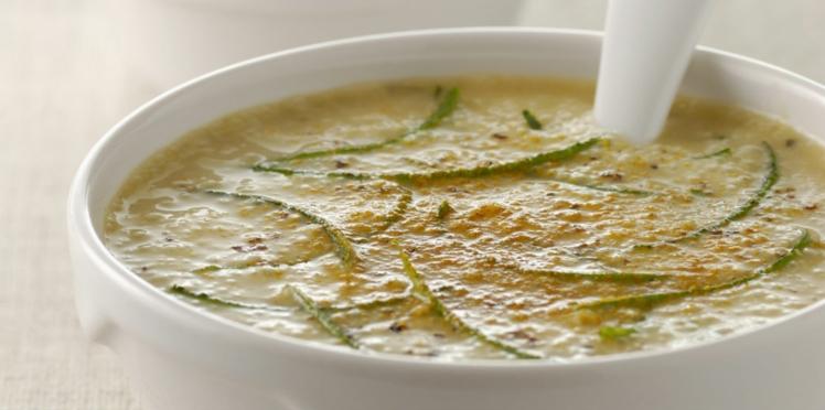 Soupe de courgette au curry