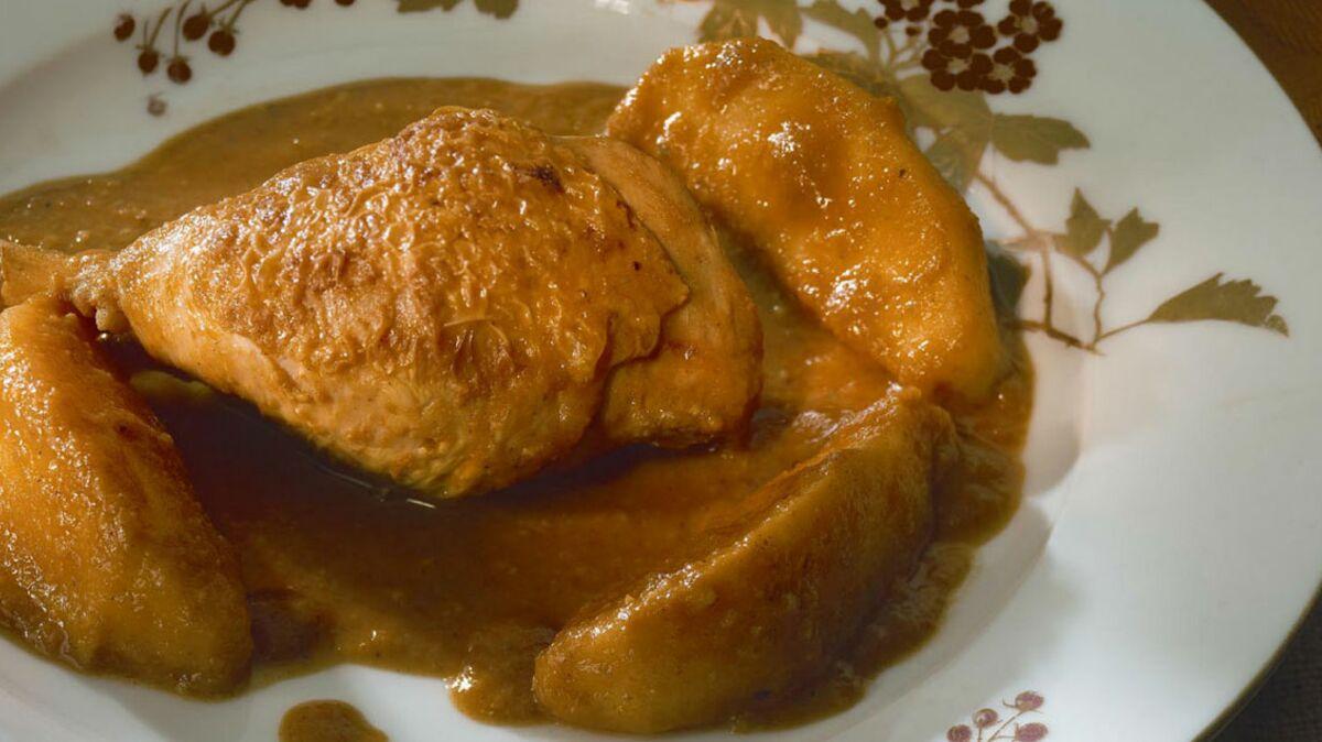 Poulet au curry de pommes