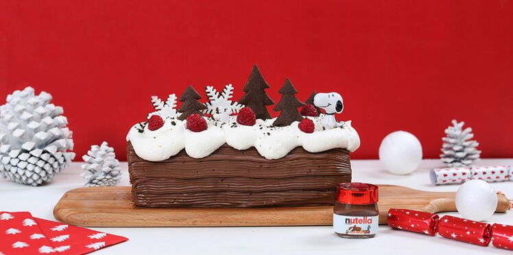 Bûche de Noël au Nutella®, génoise cacao et curd framboise