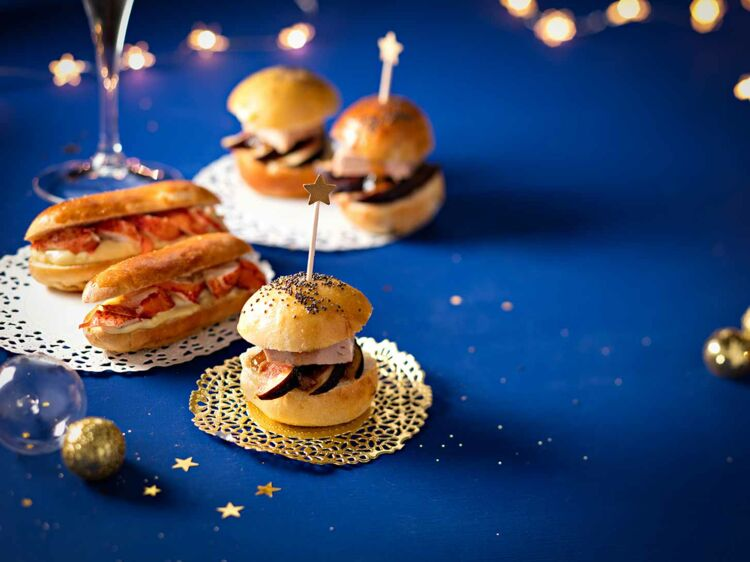 Mini-burgers au foie gras et hot dogs au homard : découvrez les recettes de cuisine de Femme Actuelle Le MAG