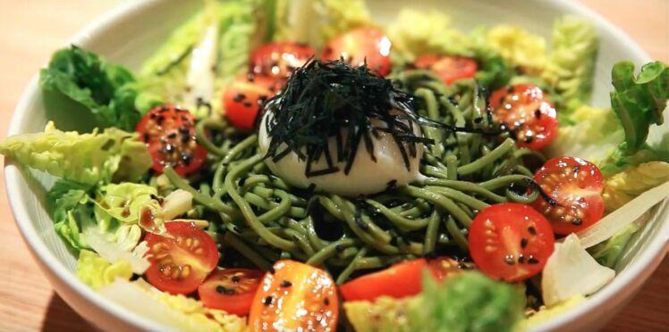 Recette antioxydante : salade de nouilles soba au thé matcha (vidéo)