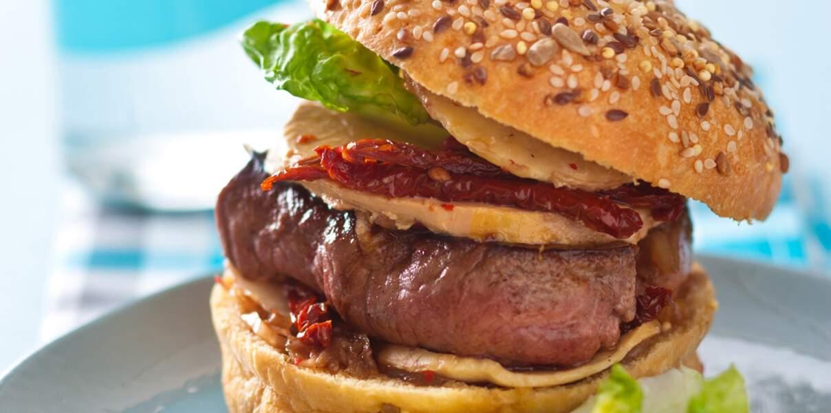Hamburger de bœuf au foie gras