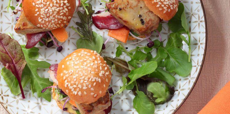 Mini-burgers de foie gras poêlé et magret fumé