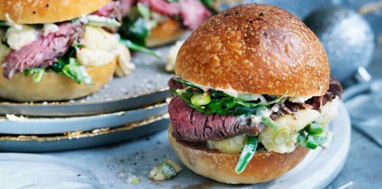 Petits burgers au rosbif et salade de pommes de terre fondantes
