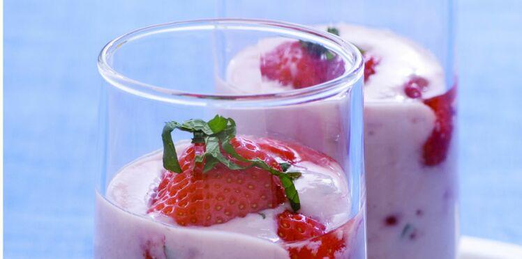 Fraises à la menthe et au yaourt
