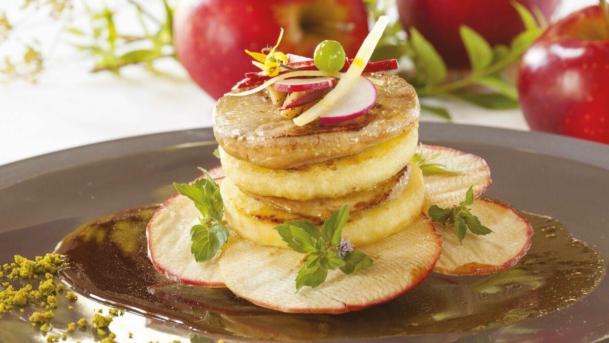 Mille-feuille de foie gras à la pomme Ariane