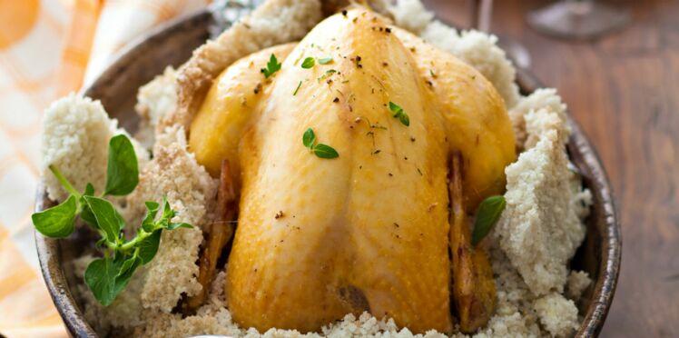 Le poulet en croûte de sel